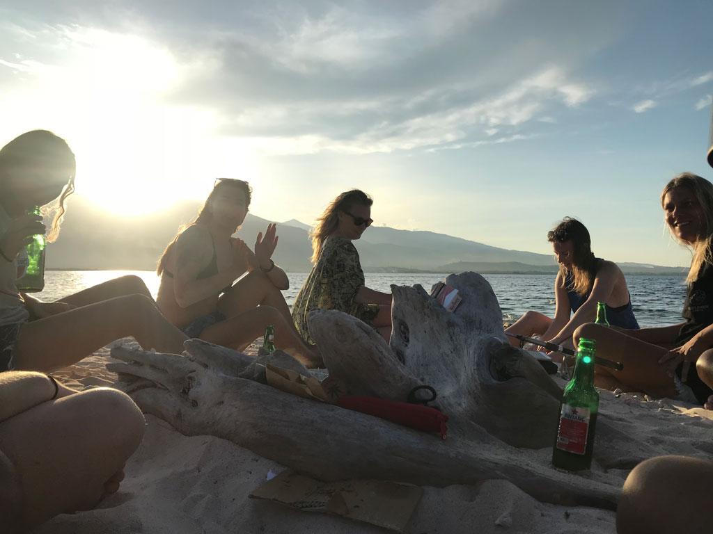 paradise-bonfire-friends.jpg