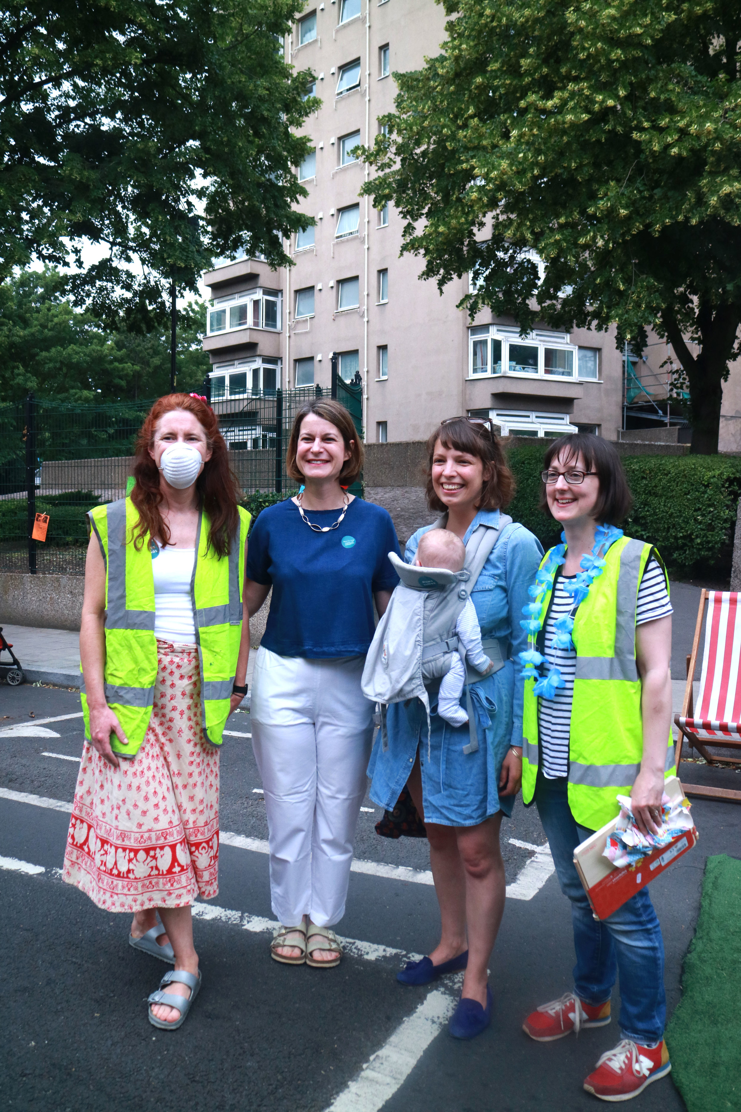 MP for Dulwich and West Norwood Helen Hayes attended our Clean Air Street party in June 2019