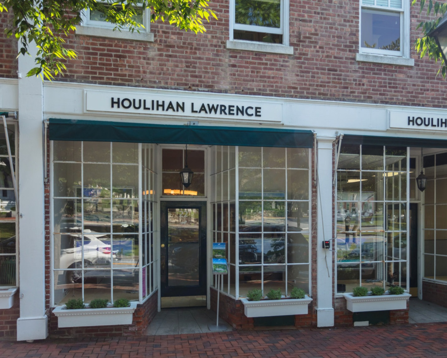 Houlihan Lawrence - Bedford/Pound Ridge Brokerage22 Village Green, Bedford☎︎ 914-234-9099