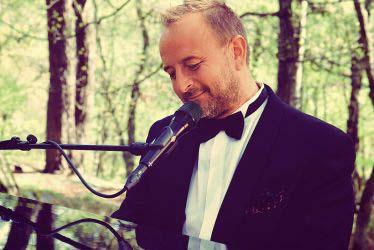 C-M Carlsson - Spelar i pianobaren torsdag - lördag