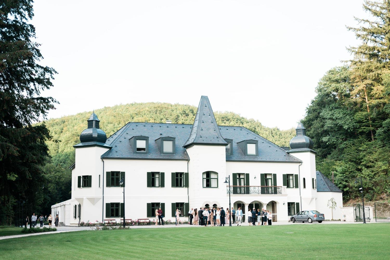 castle wedding budapest fineart photography-43.jpg