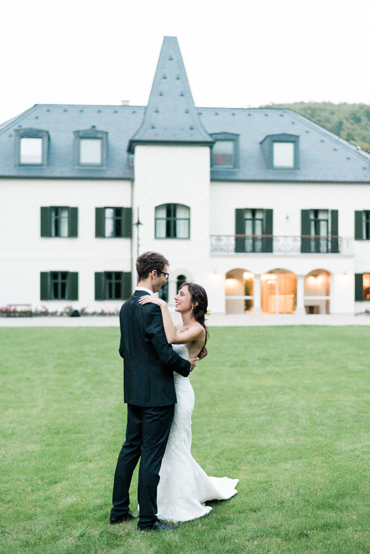 castle wedding budapest fineart photography-57.jpg