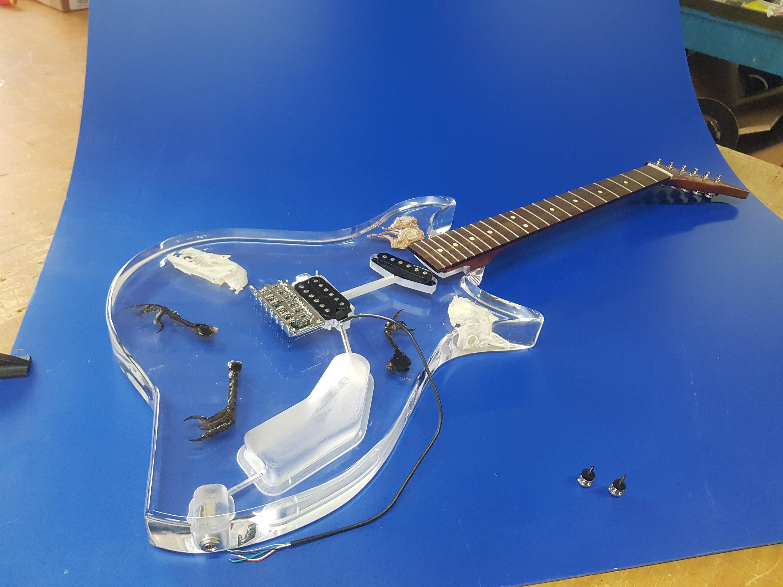 Acrylglas gitarre 2