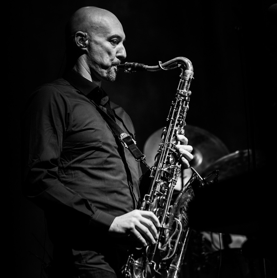 Steve Beighton - saxophone
