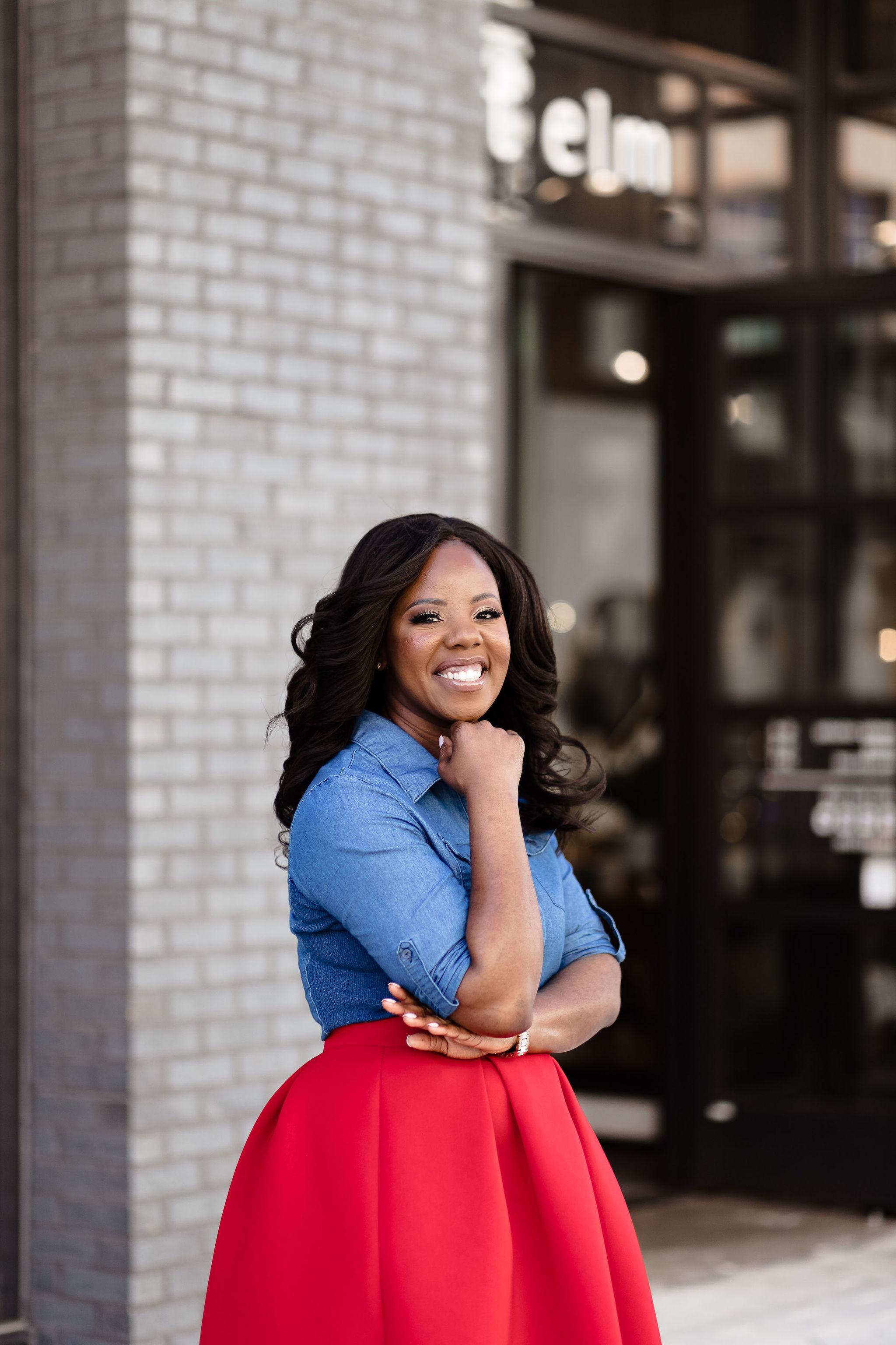 Ashle Green blogger traveler black influencer Texas Dallas