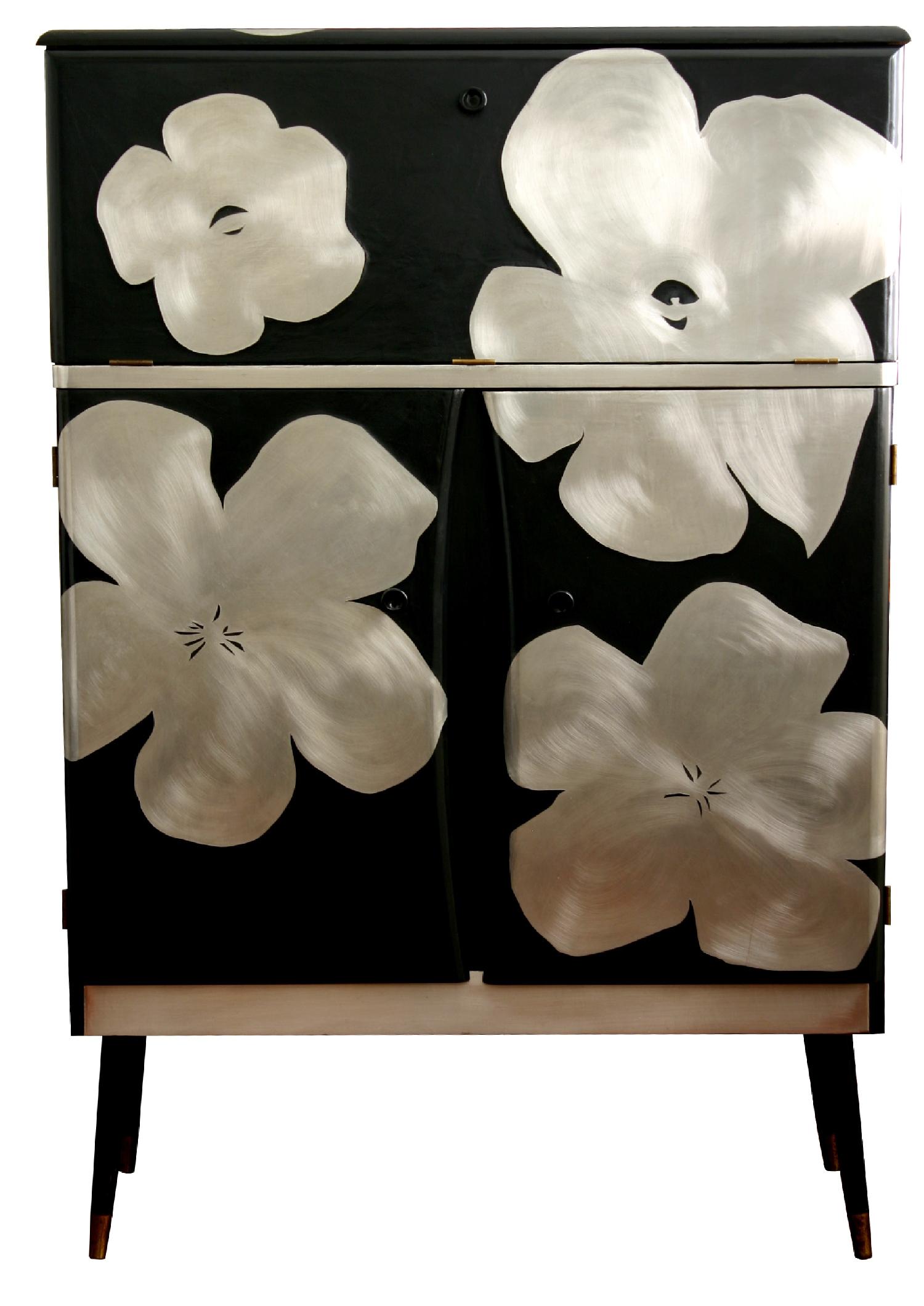 poppy cocktail cabinet.jpg
