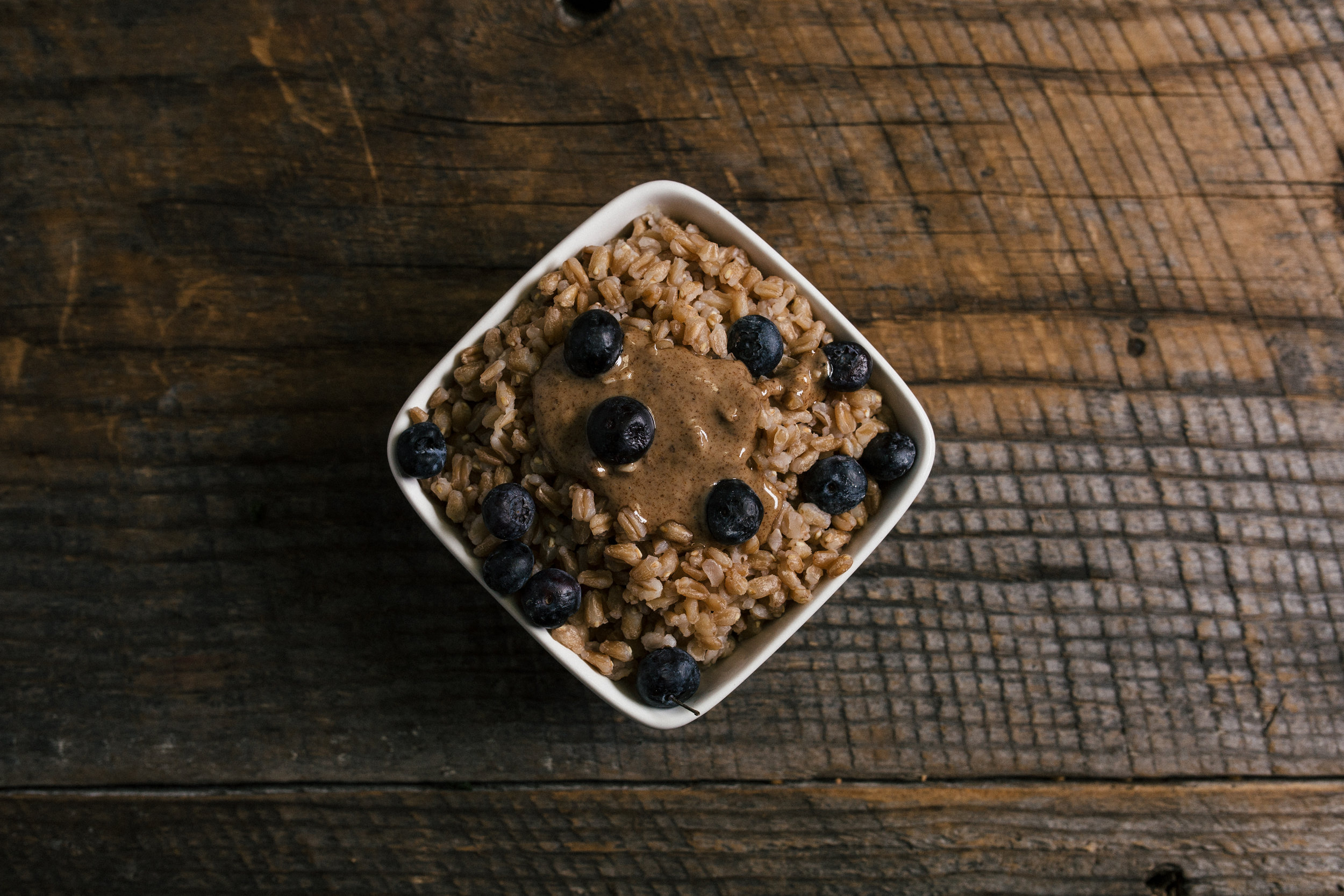 04(b) Breakfast Farro Blueberries.jpg