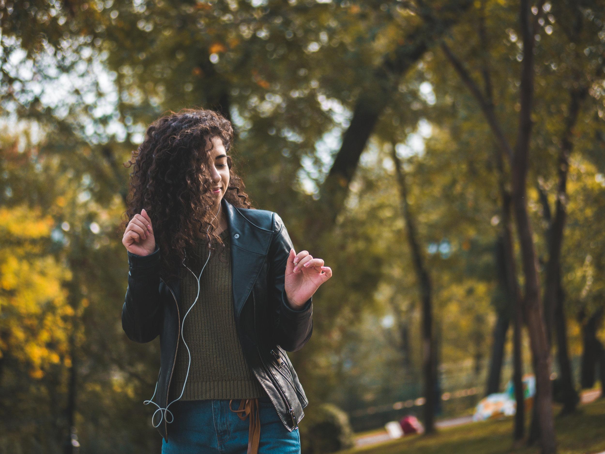 WAS?! - Unser Gehör verändert sich. Finde jetzt heraus, wie gut Du hörst. Der Hörtest dauert 6 Minuten, kann am Computer, Smartphone oder Tablet durchgeführt werden und eine Anmeldung ist nicht erforderlich.