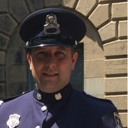 John MacLeod -  Police régionale d'Halifax   bio →