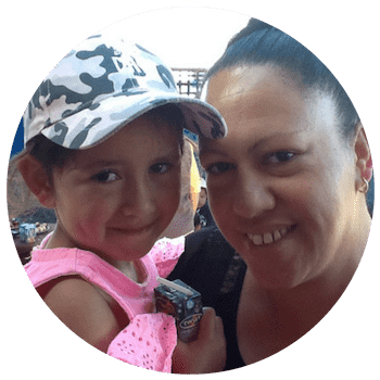 giggles-parent-testimonial-christie-ayton.png