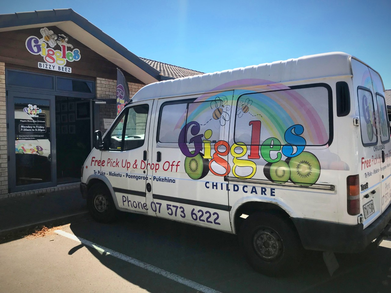 Giggles van service is for picking up and dropping children, enrolled at Giggles. Another great learning adventure with friends in the van.