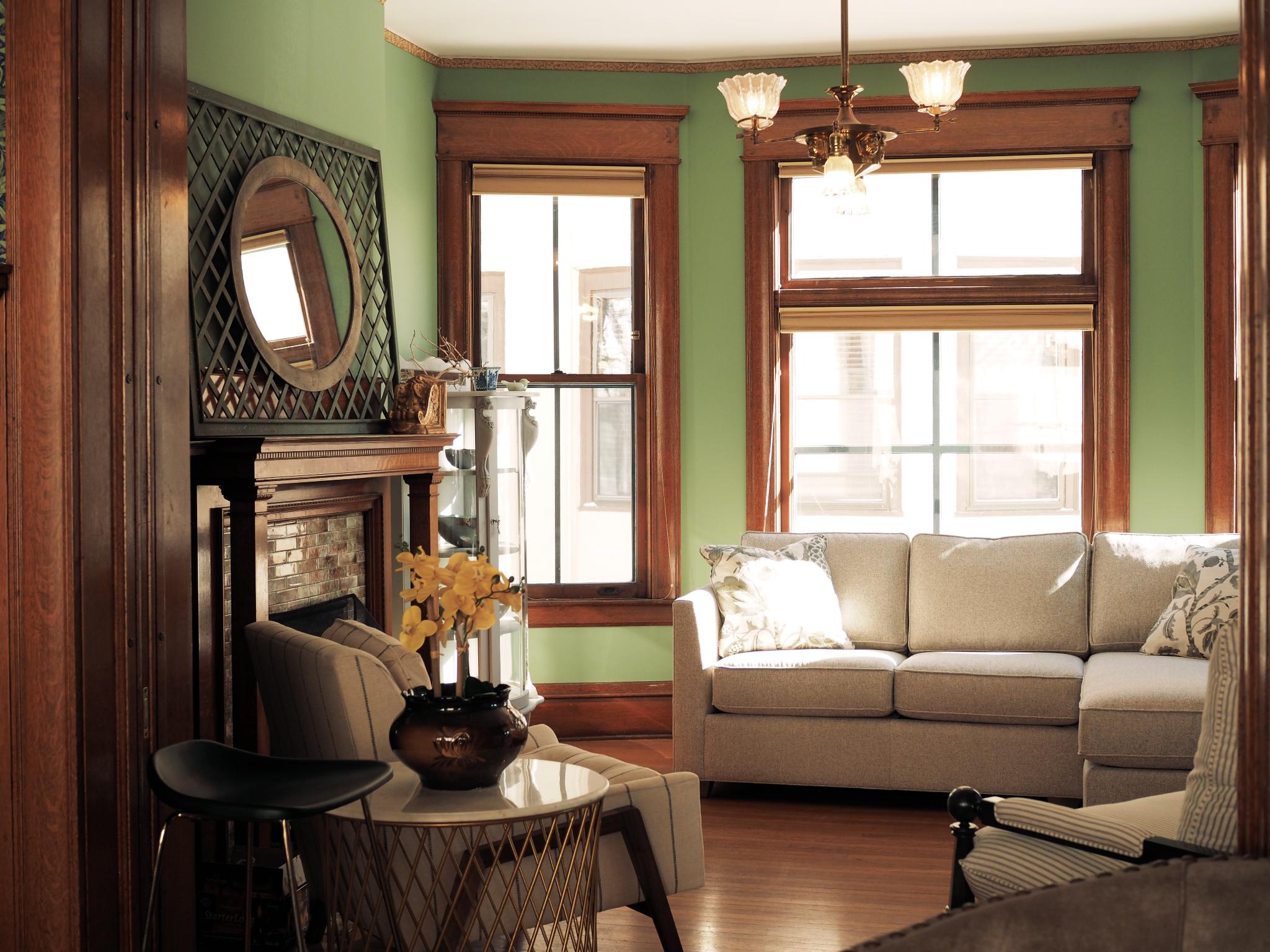 livingroom2_1.jpg