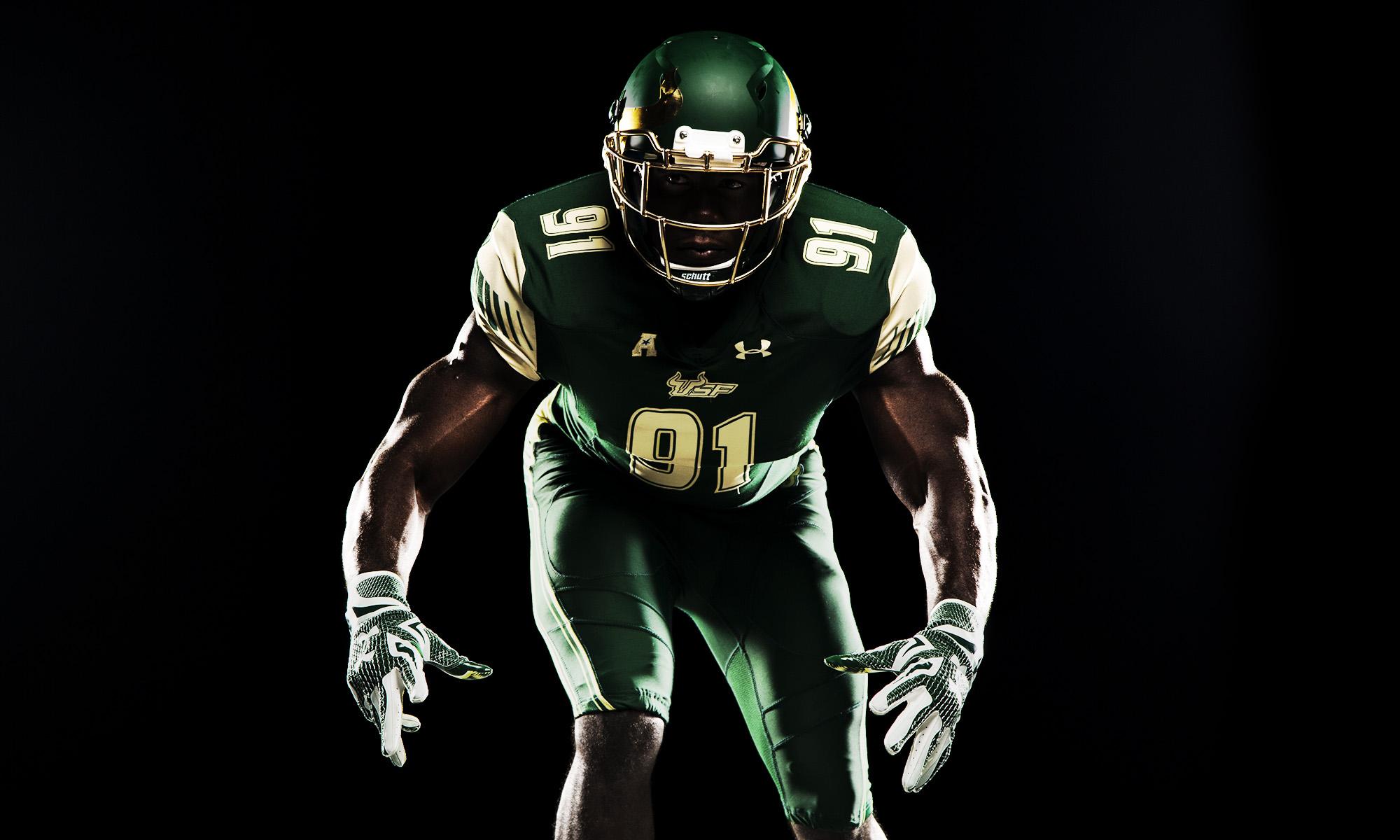 Football-Green-585.jpg