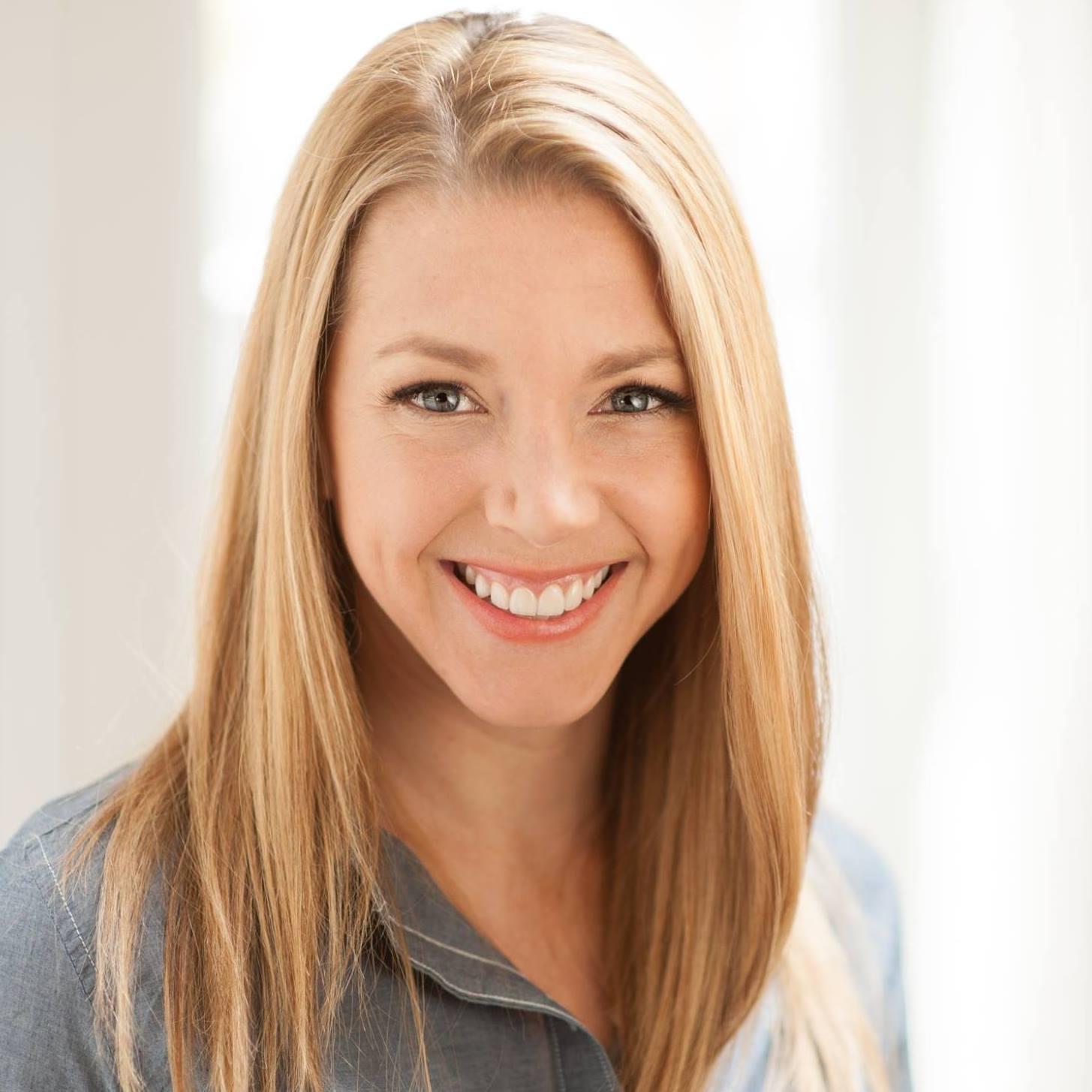 Lindsey Hoshaw - San Francisco, CA