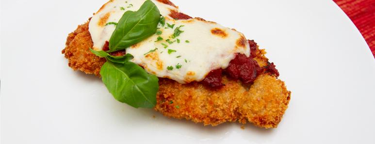 Crispy Chicken Parmesan With Homemade Tomato Sauce