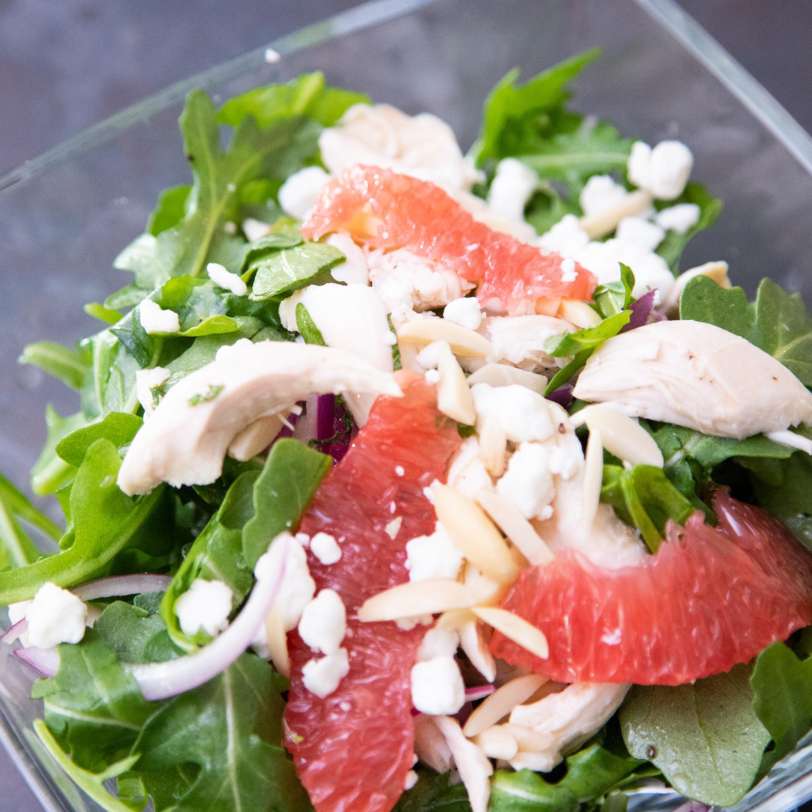 Chicken and Arugula Salad With Grapefruit