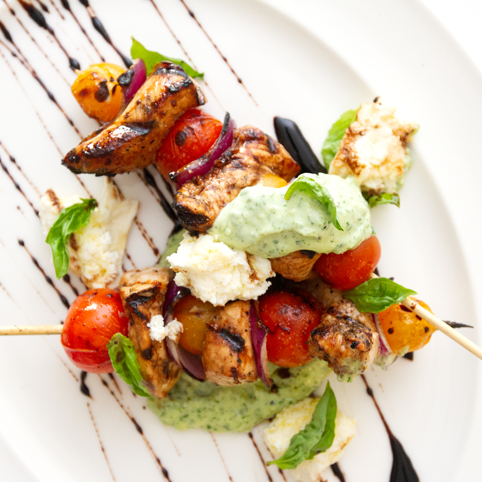 Grilled Chicken Caprese Skewers With Basil Aioli