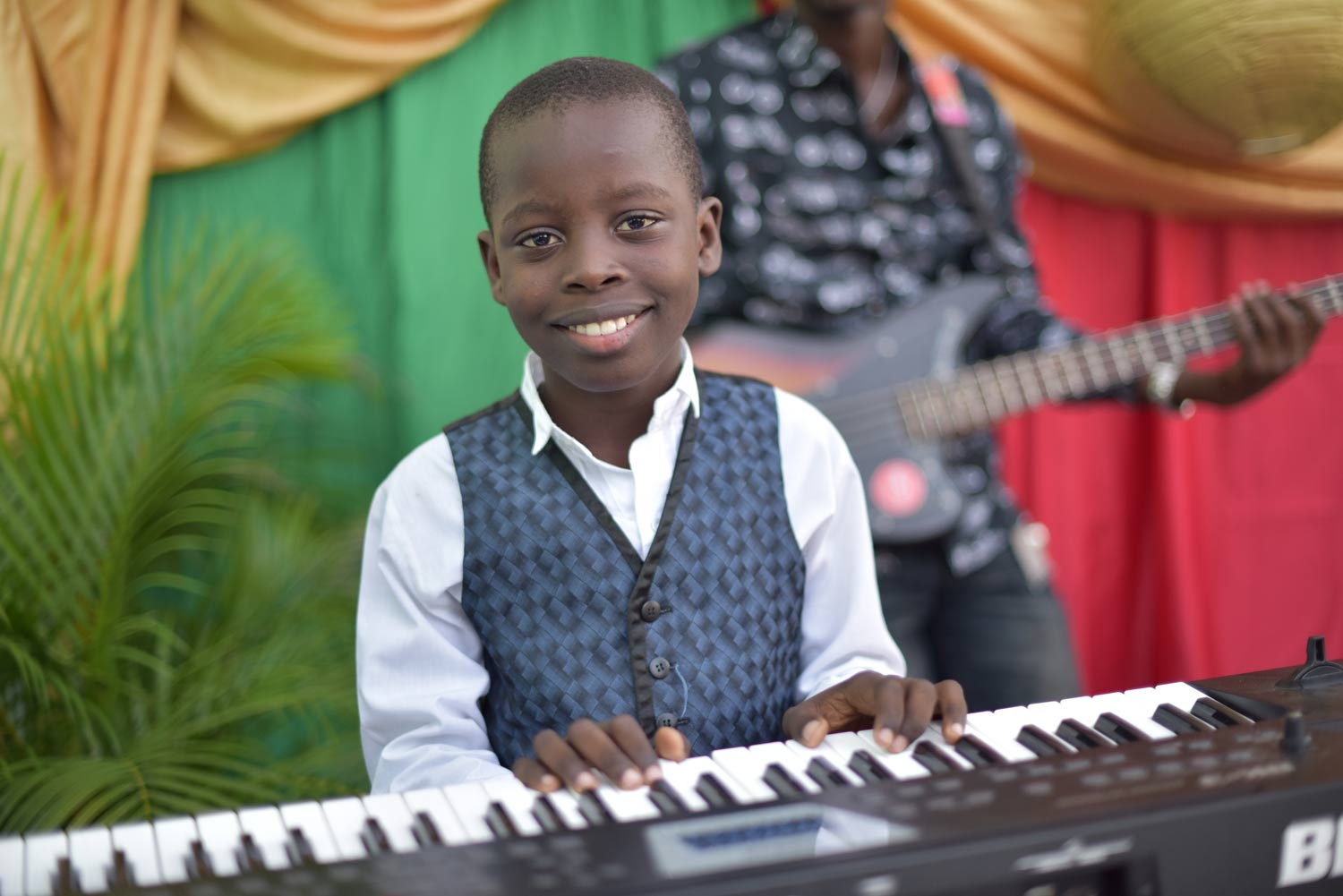 Integrated Music and Arts Education - Founded on the belief that music is a transformational tool that brings about change in the lives of young people, our program trains teachers and provides technical support on instruments, music and art classes, and working with special needs children.