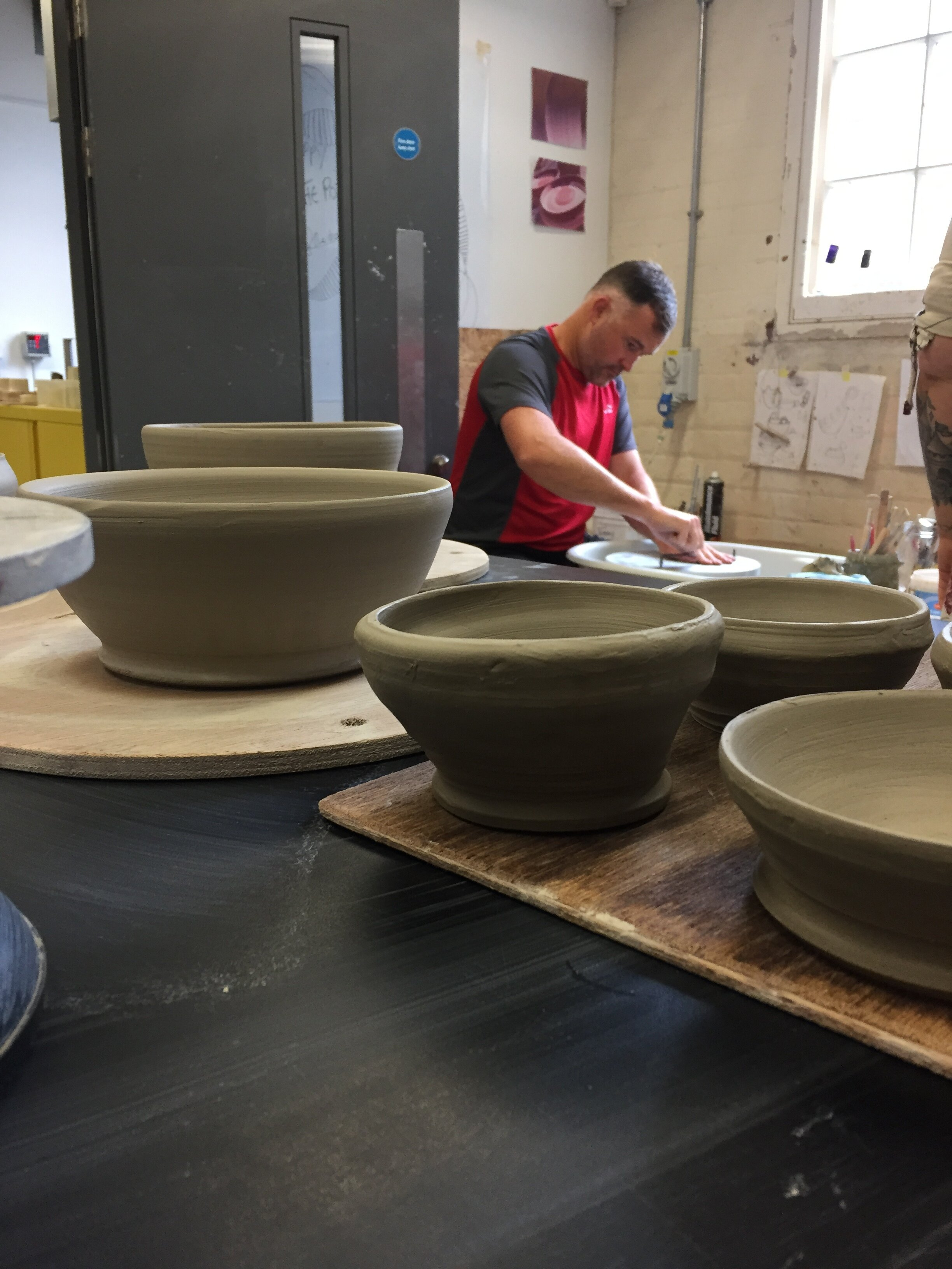 Bespoke sessions - Okay, you have learnt how to throw through one of my Throwing experiences. https://www.tweenyatthepottery.com/throwing-experiencesYou now want to design and make your own pottery. Great! Bring your ideas to Tweeny, let's discuss and make it happen.