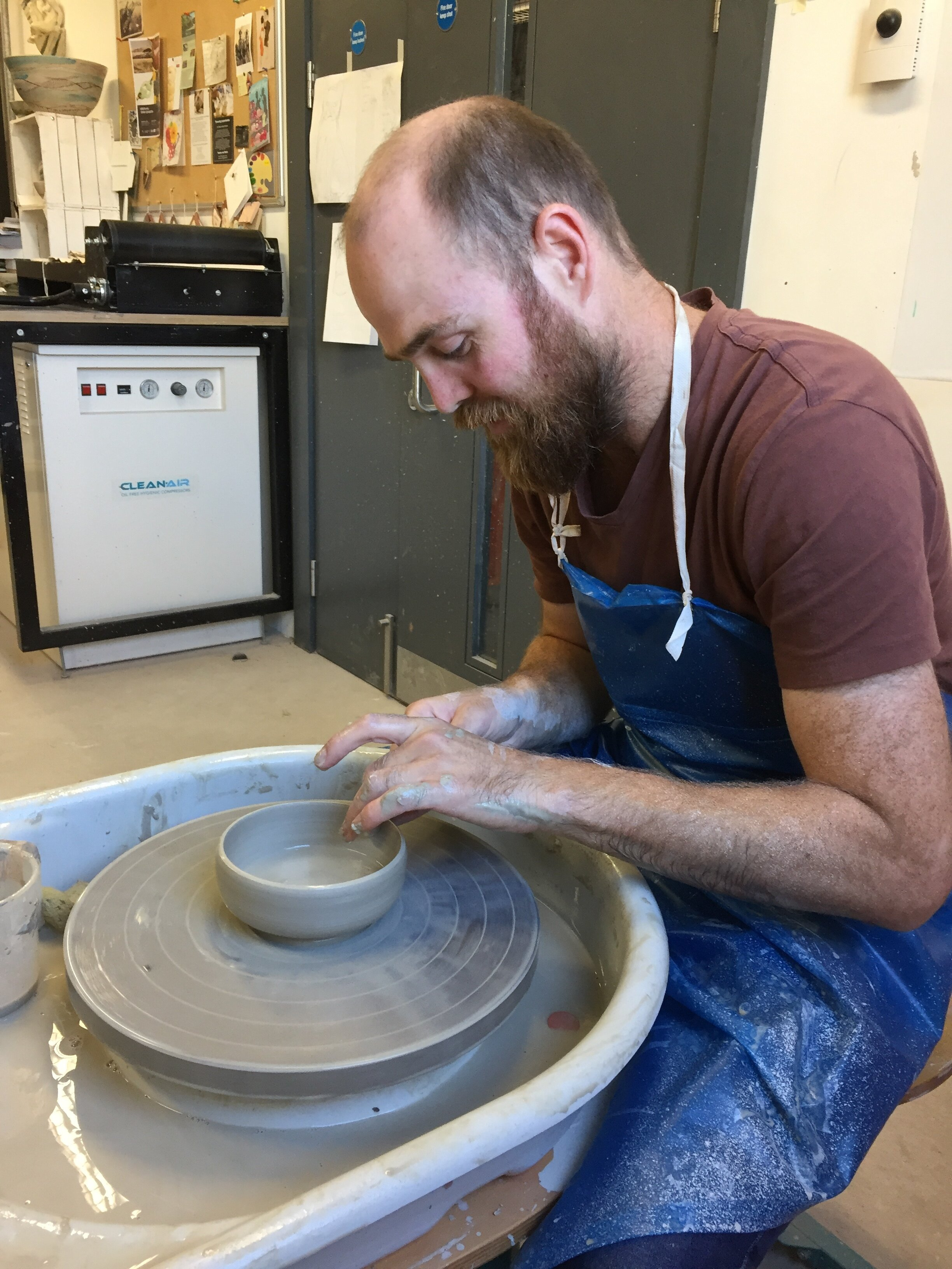 Throwing Experiences - 2 hours for 2 people total £50https://www.tweenyatthepottery.com/throwing-experiences