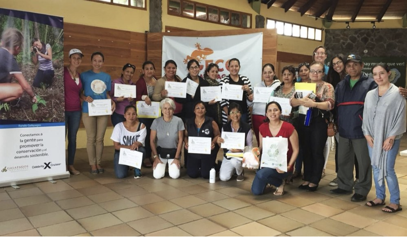 Figure 3.  Participants from San Cristóbal and Isabela at the end of a training workshop in the Tribes methodology. Photo: Ashleigh Klingman
