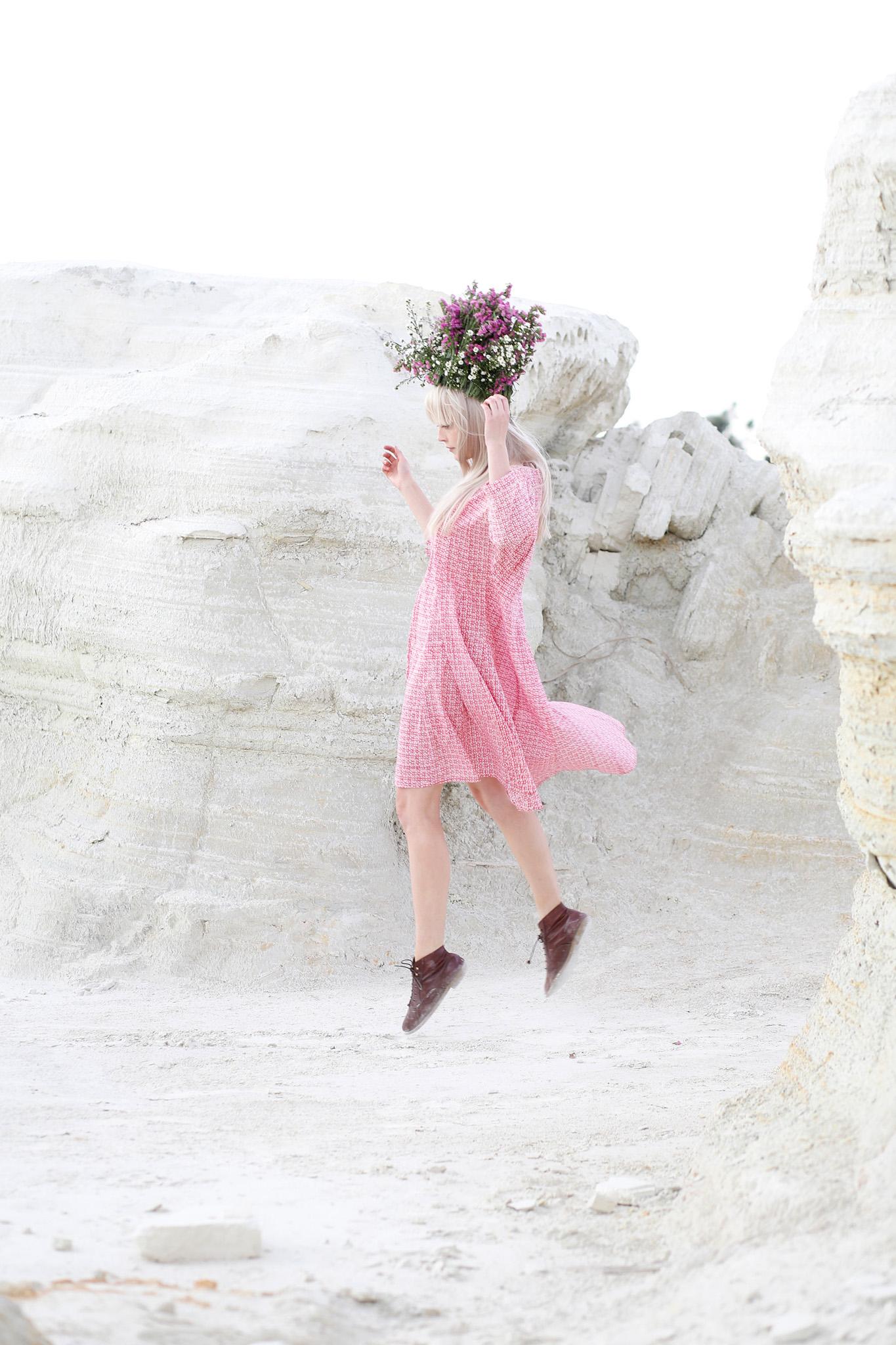Gypsy-Rose---Churche-2.jpg