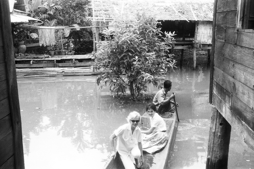 My mother Brigitte, and a friend at the Floating Market