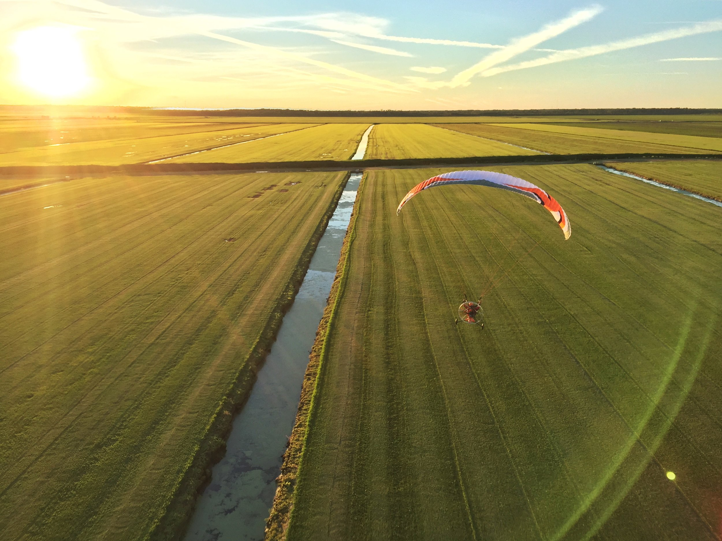 Training - Before you can take to the skies you'll need some training and Aviator Paramotor offers the most thorough, safe, and fun training in the world.