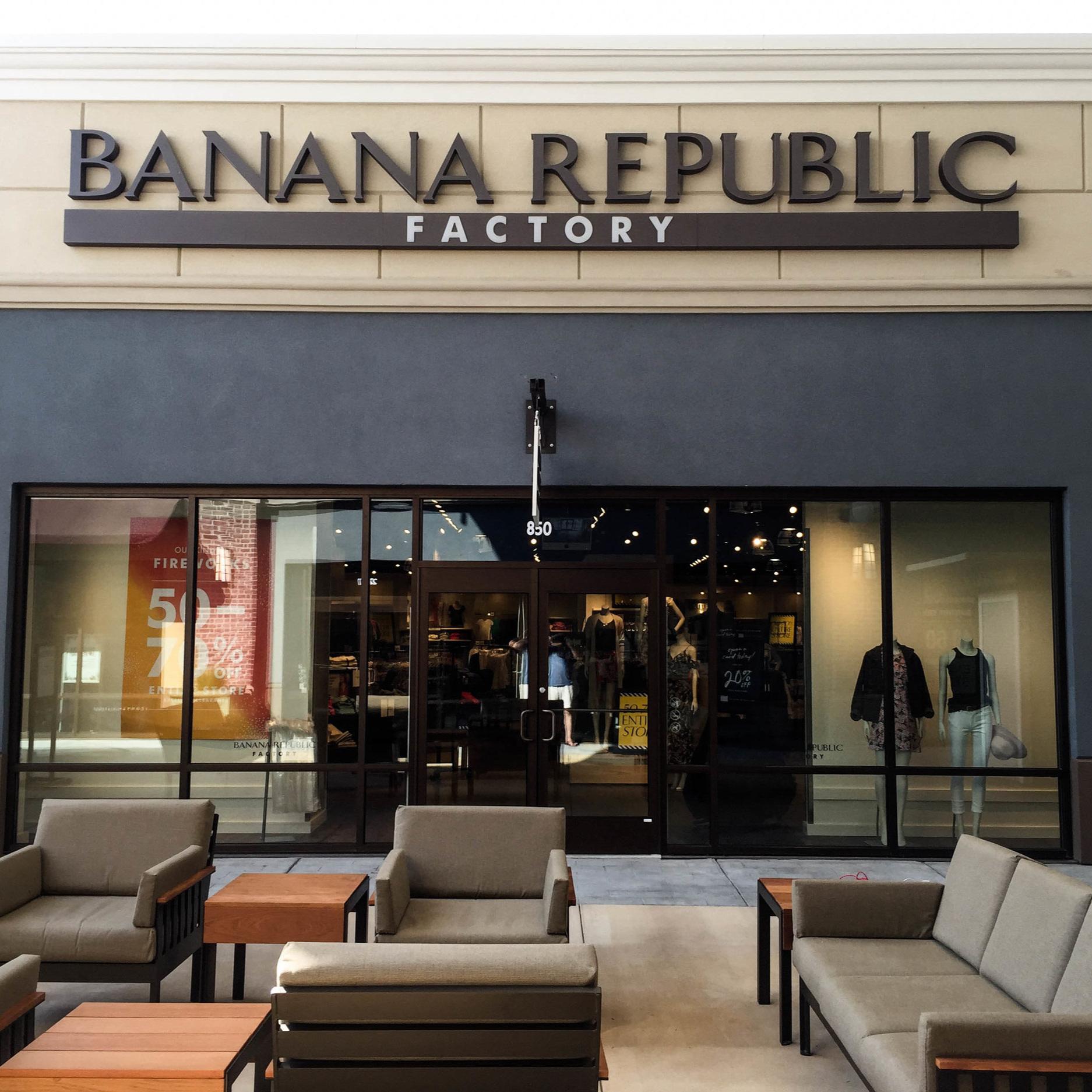 BANANA REPUBLIC  Since 2004