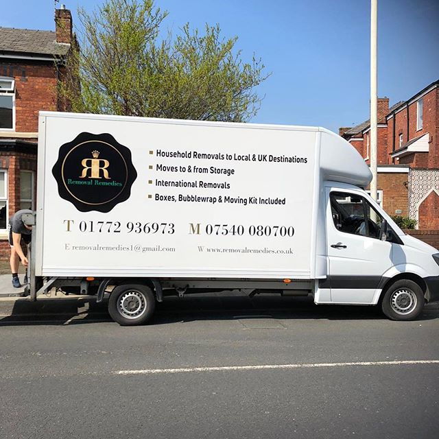 Big job in Southport for Removal Remedies📦🏡 #houseremovals #moving #beddismantled #heskethbank #tape #removalremedies #southport #movinghouse #movingday #shrinkwrap #bubblewrap