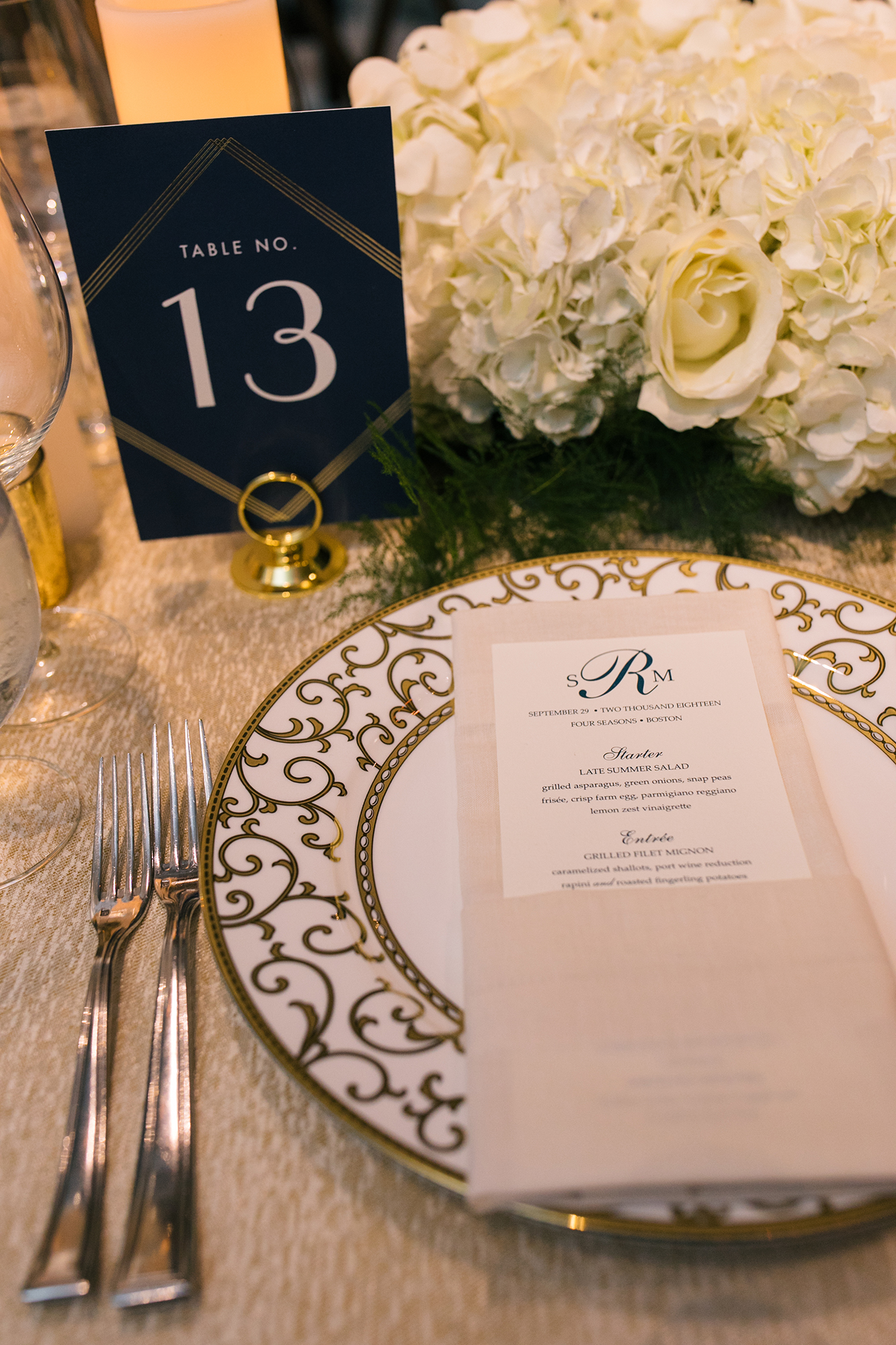010_Four Seasons Wedding Charger Table_AE Events.jpg
