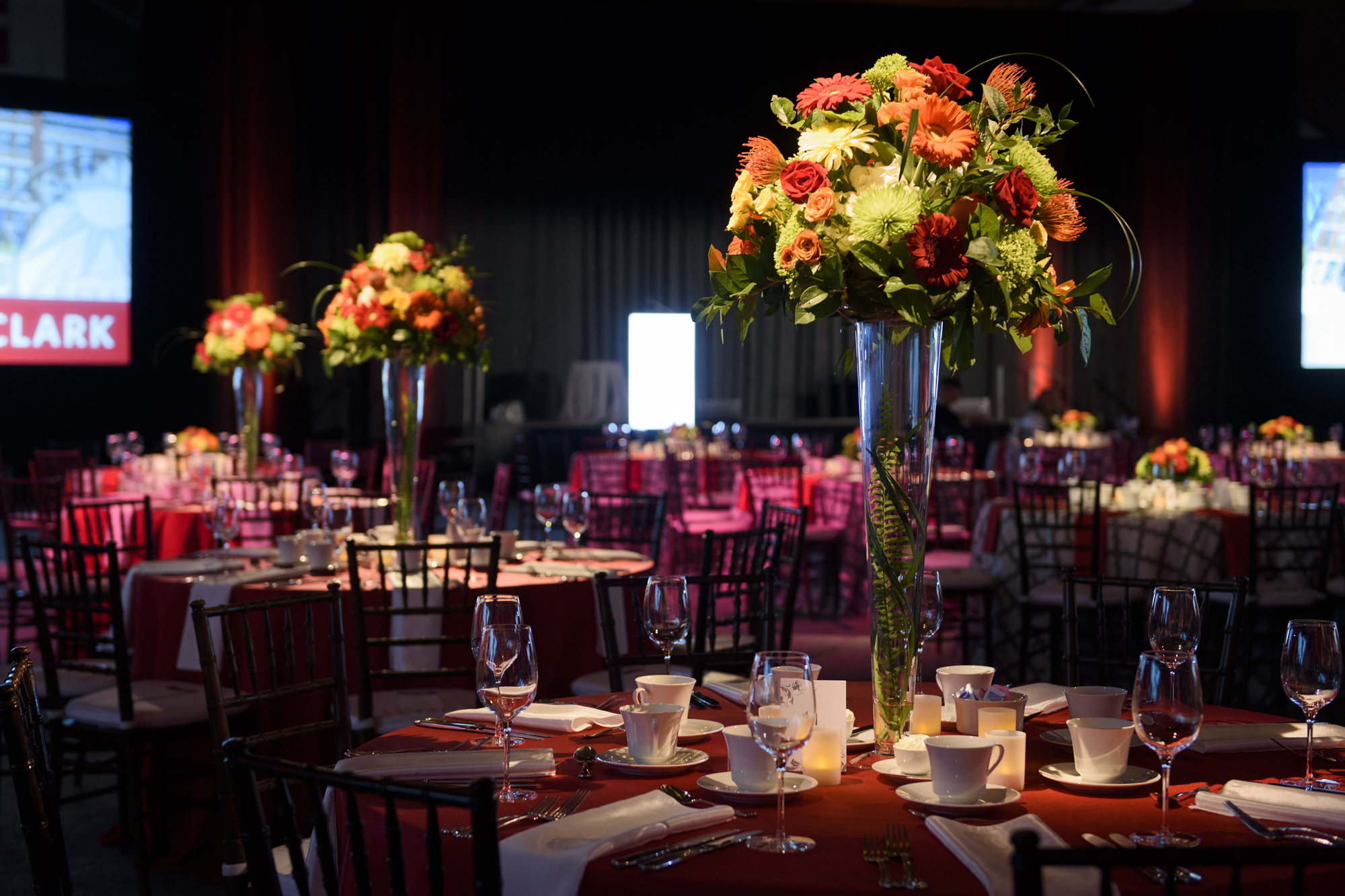 02_Capital Campagne Clark Floral_AE Events.jpg