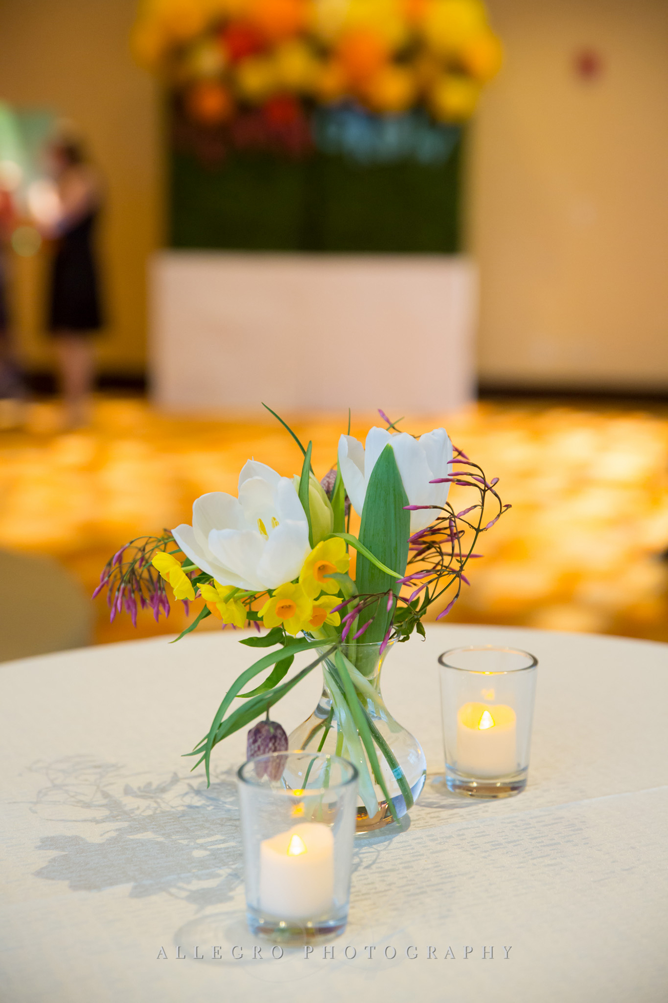 03_Franciscan Gala Nonprofit Floral_AE Events.jpg
