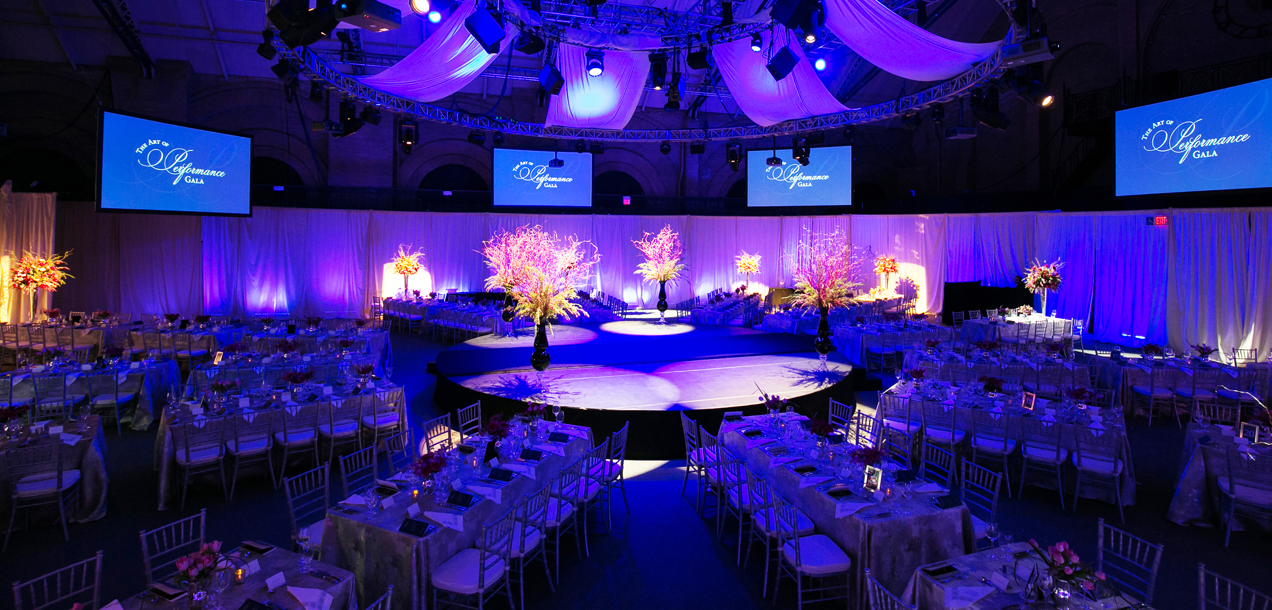 10_AE-Events_Celebrity Series Stage Lighting.jpg