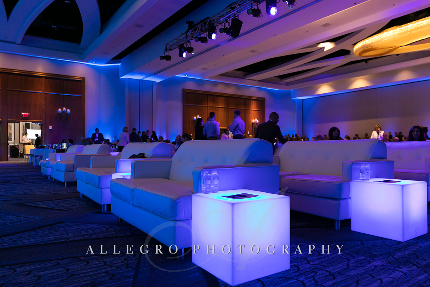 01_Corporate Meetings Conference Stage_AE Events.jpg