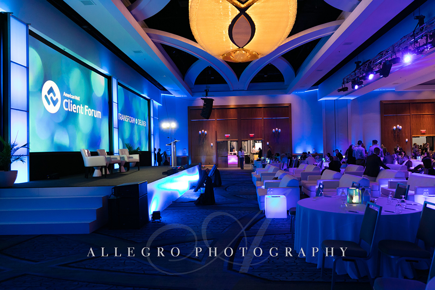02_Corporate Meetings Conference Stage_AE Events.jpg