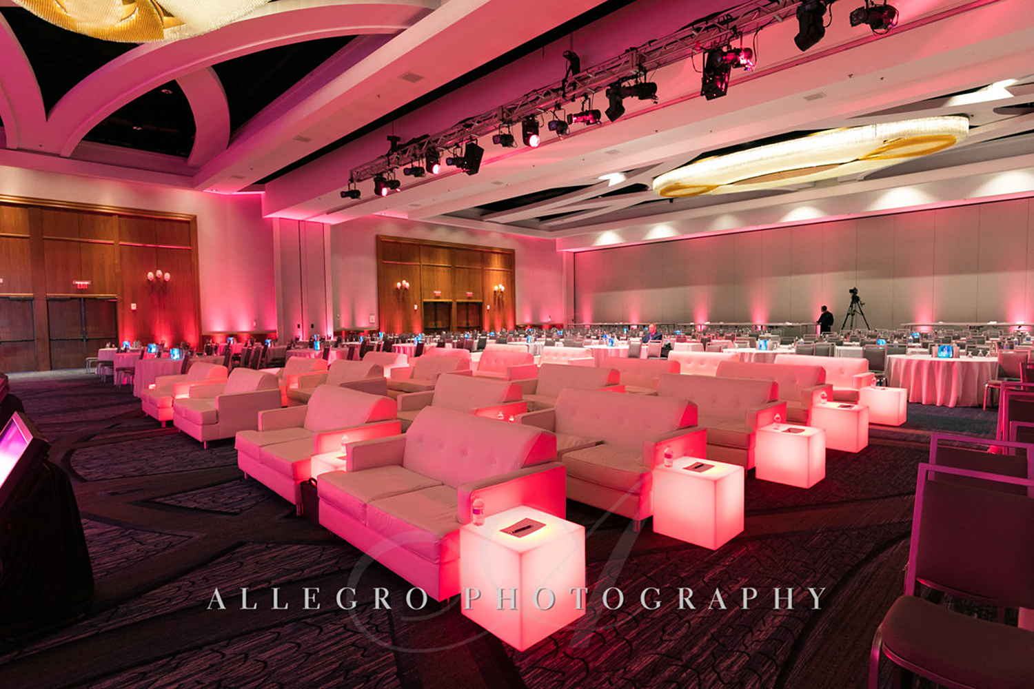 05_Corporate Meetings Conference Seating_AE Events.jpg