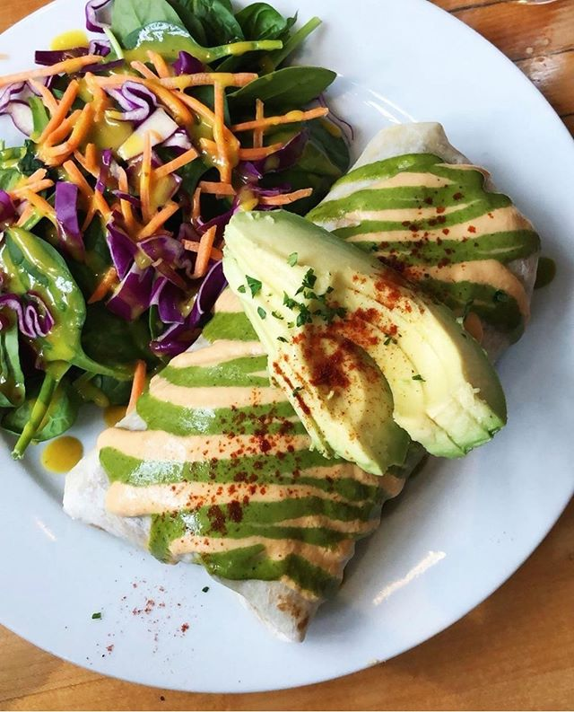 Agree or Disagree: It's not a meal if it isn't smothered in sauce. 💧Burritos, waffles, and general greatness @offthegriddlepdx 🥑⁠ .⁠ .⁠ 📸 @mostlypotatoes⁠ .⁠ .⁠ #plantbased #plantpower #plantpowered #whatveganseat #veganfoodshare #veganfood #veganaf #vegandining #nom #veganoptions #meatlessmonday #crueltyfree #healthy #healthyfood #eeeeeats #cleaneats #vegan #vegans ⁠