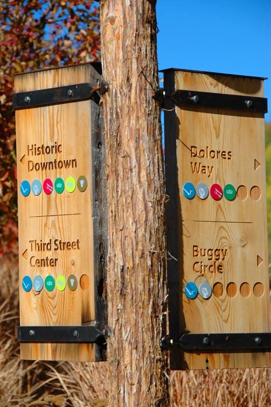 Carbondale-signs.jpg