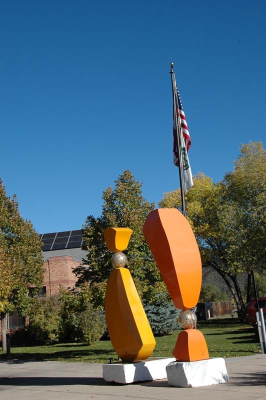 Flag & sculptures.JPG