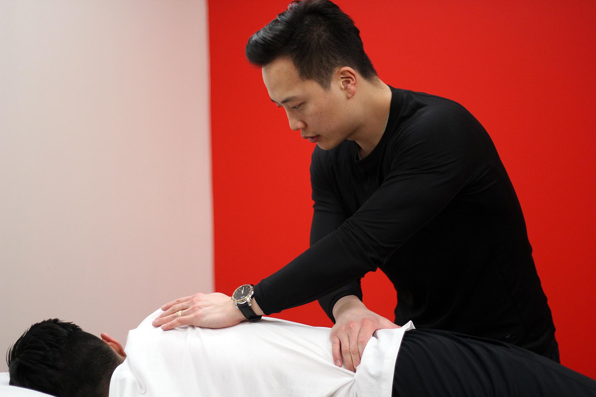 Dr  David Song, DC, Chiropractor in Toronto