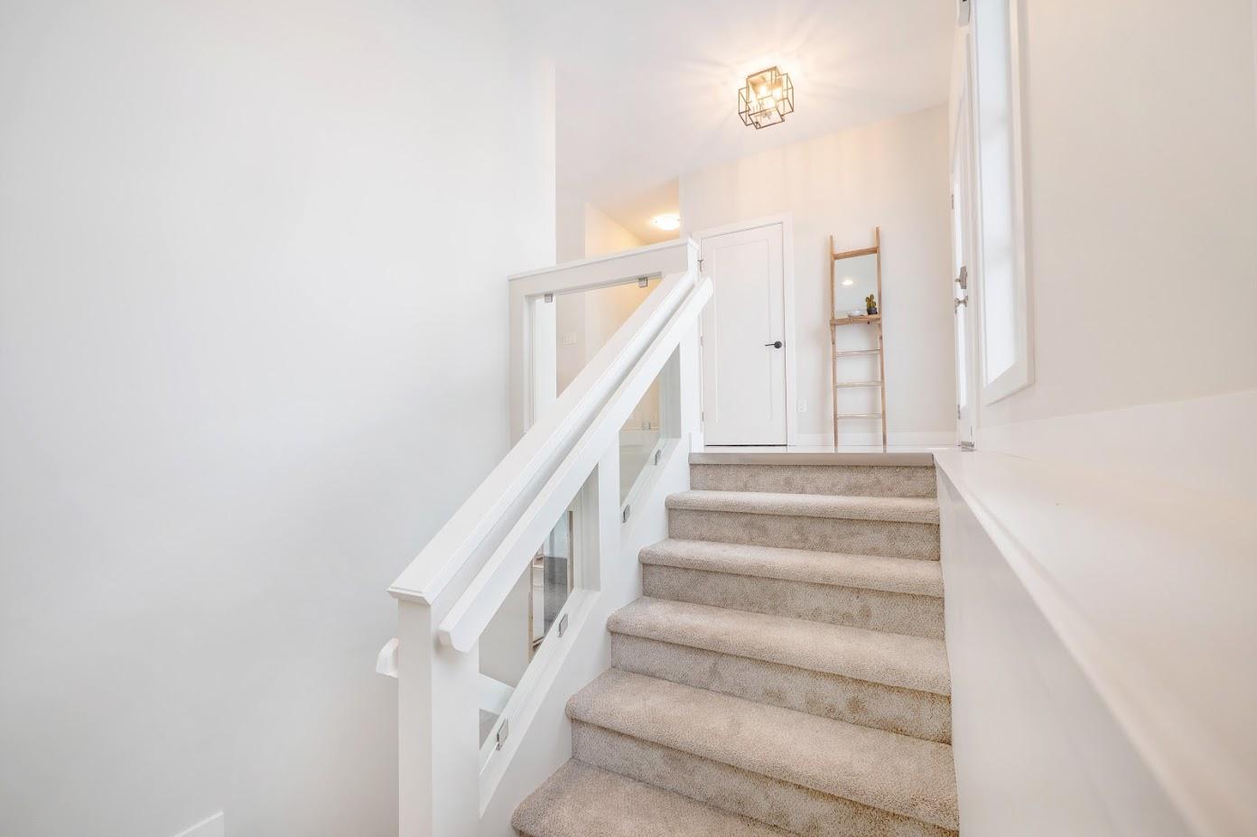 167 Philip Lee Stairs.jpg