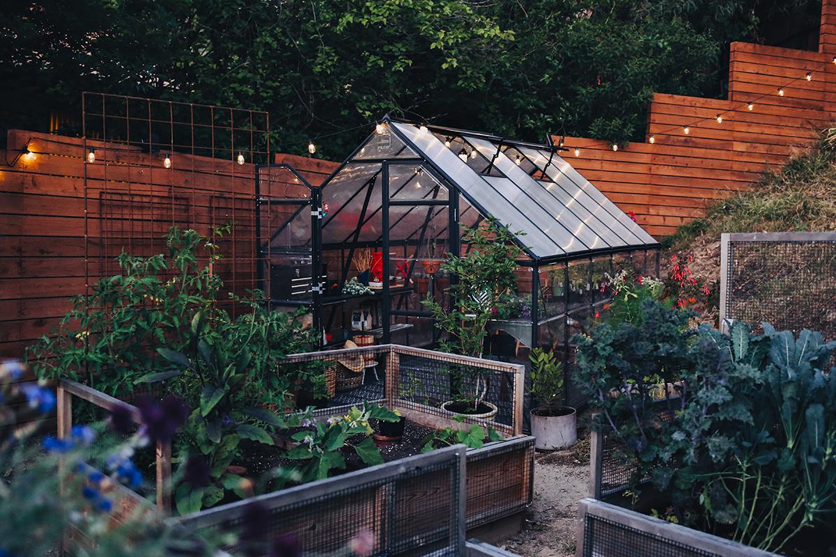 08_Greenhouse Exterior Night  | Kristin Guy Dine X Design.jpg