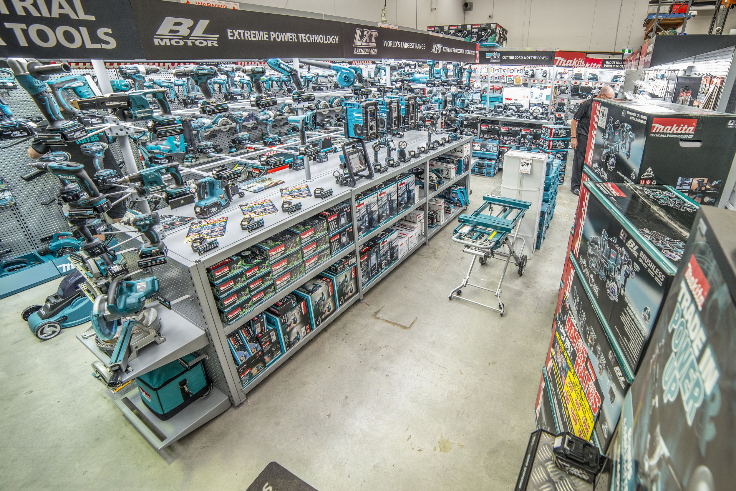 Makita Display SFI-80.jpg
