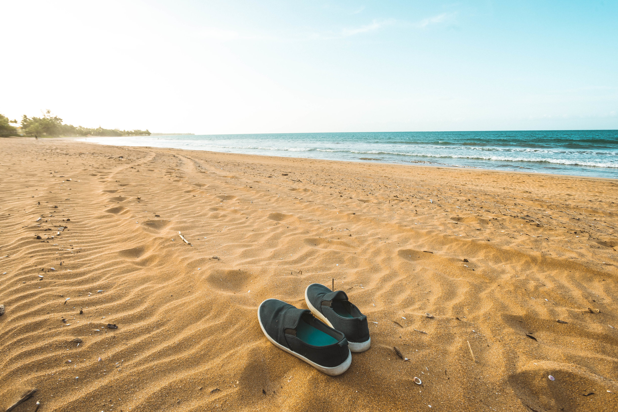 davidscotto shoes beach.jpg