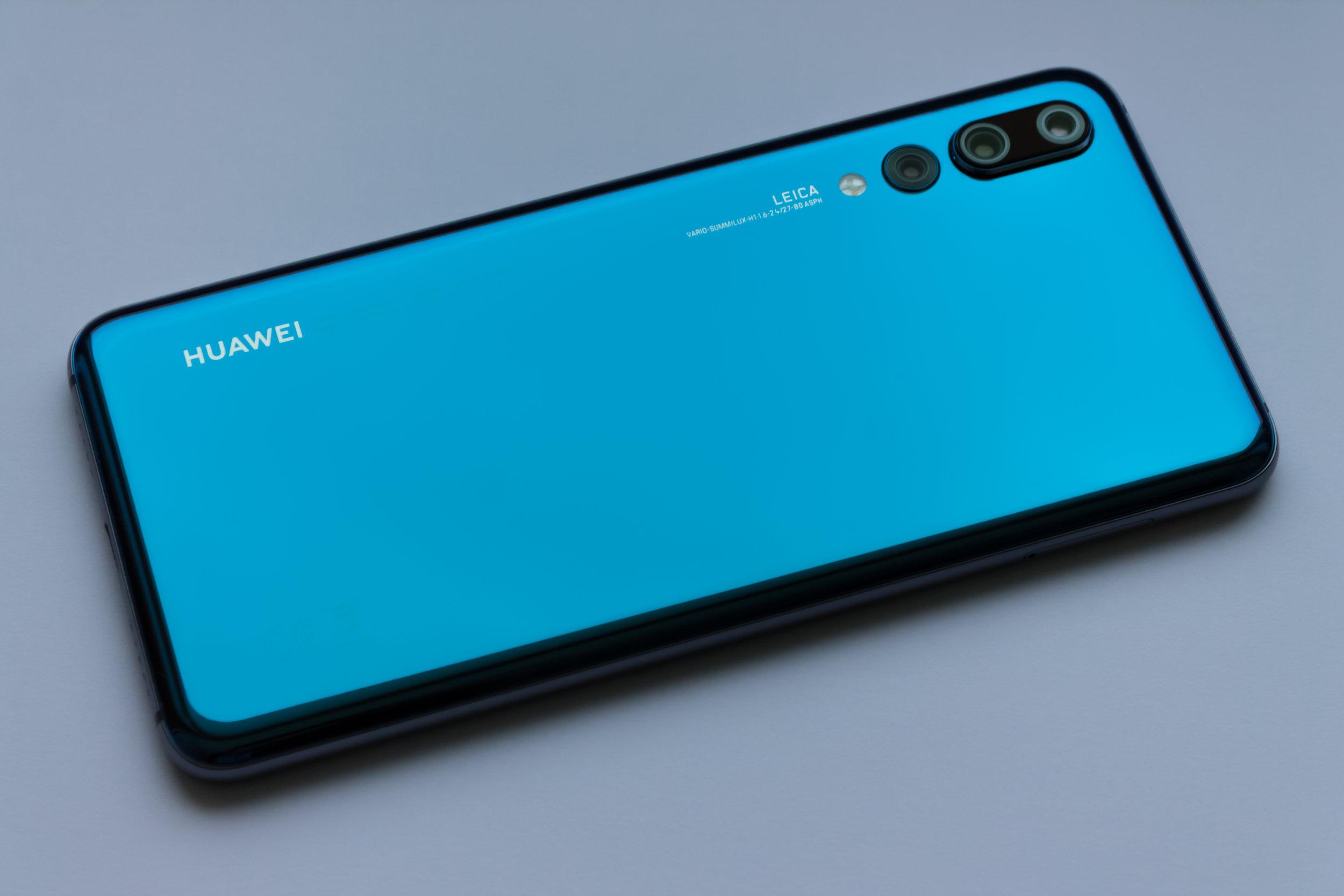 Telefono Huawei. Foto: Kamil kot/Unsplash/La Crónica SV