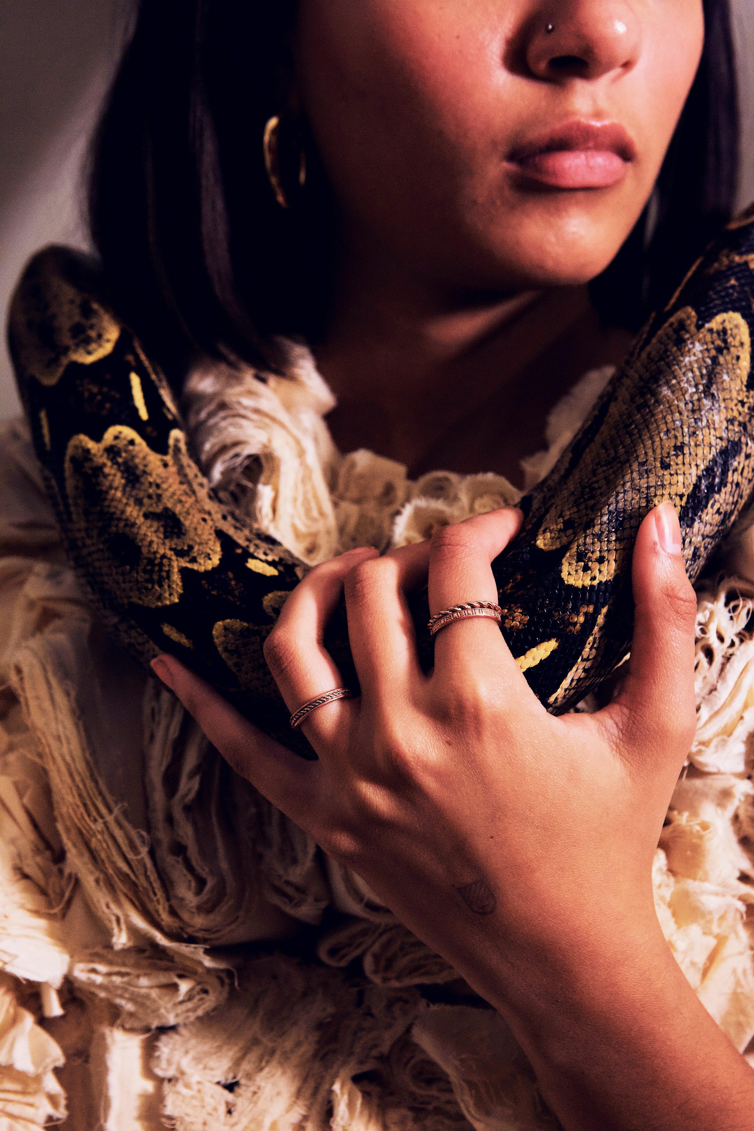 snake neck.jpg