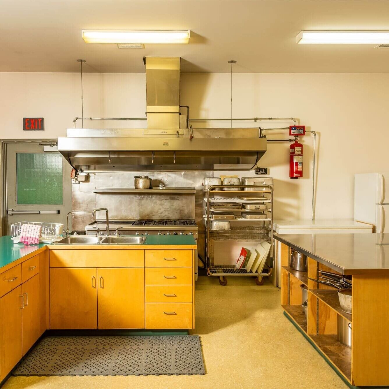 Island Lake has a fully equipped commercial kitchen!