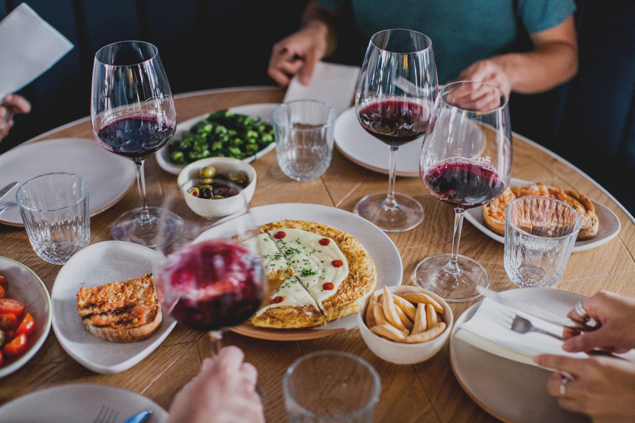 Olivia Restaurant Lounge