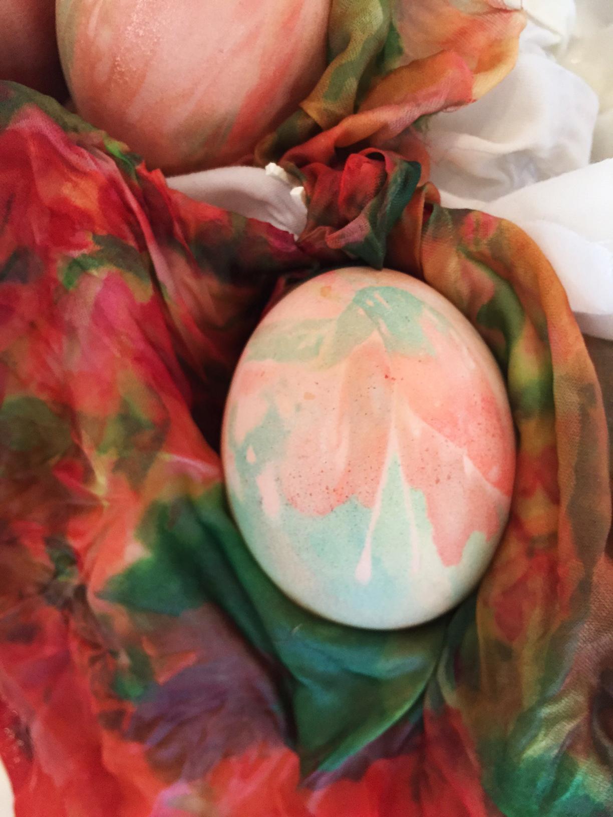 eggpaintedclose.jpg